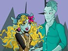 play Lagoona Blue and Gil Webber Dress up Game ...