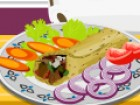 The chicken shawarma is an old recipe of a fast food dish and it is quite common around the world, but in this cooking decoration game you will have loads of fun making one of your own, choosing all the ingredients that you like.