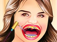Selena Gomez At Dentist